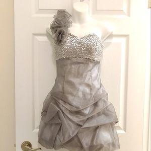 Jessica McClintock porm /wedding dress - NWOT